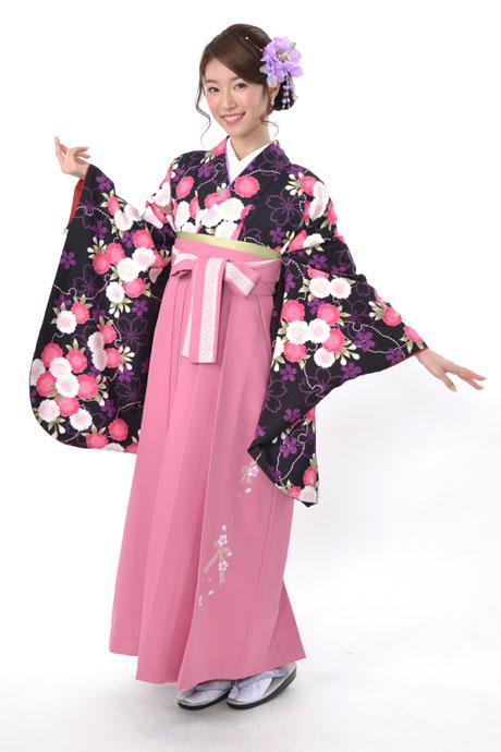 【着物】クロ雪輪ヤエザクラ+【袴】ピンクレースリボン