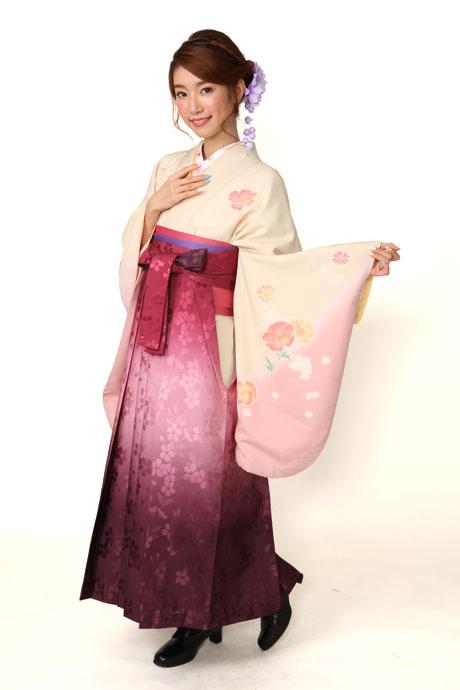 【着物】ベイジュピンク洋花+【袴】ローズボカシ柄