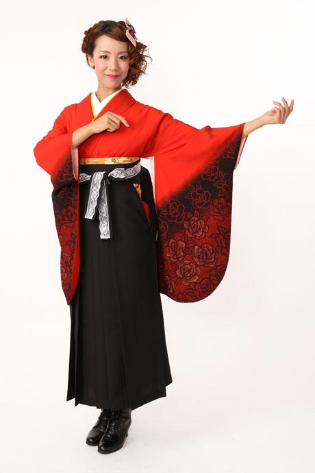 【着物】アカ黒バラ袖ボカシ+【袴】クロレース