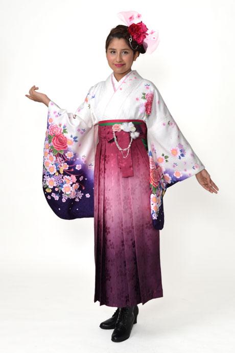 【着物】白地ししゅうバラ+【袴】ローズボカシ柄