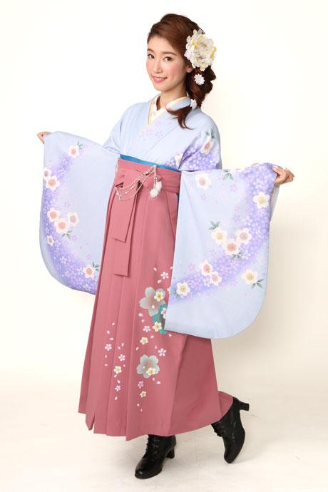 【着物】ブルー・フジサクラ+【袴】ピンク友サクラ