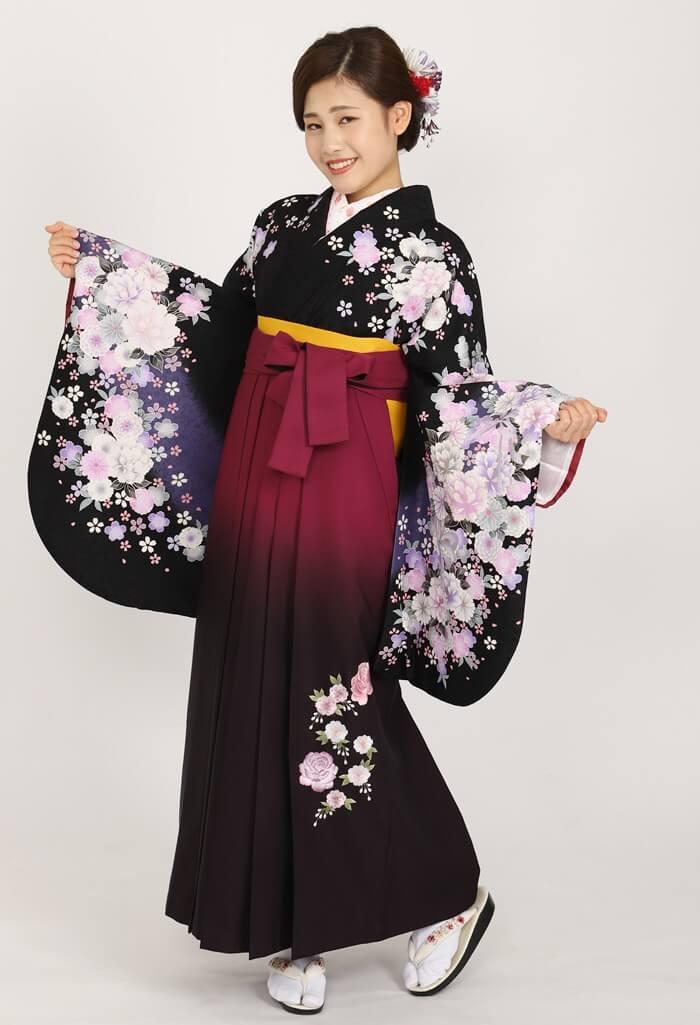 【着物】黒桜地牡丹にリボン+【袴】アズキボカシバラシシュウ