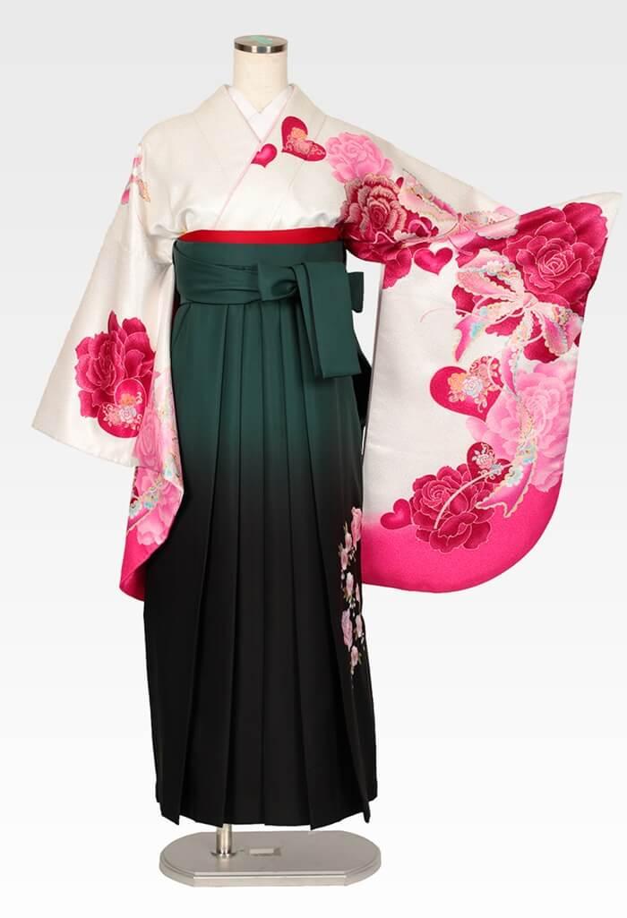 【着物】白地ピンクハートバラ+【袴】グリーンボカシバラ刺繍