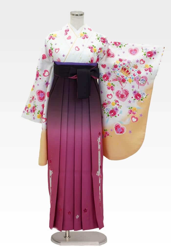 【着物】白地ハート王冠+【袴】ピンクぼかしレース桜