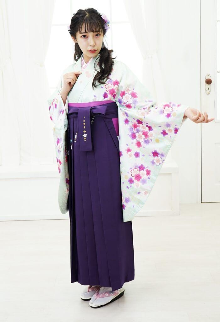 安い卒業式のレンタル袴緑と紫のコーディネート