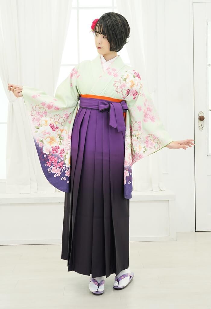【着物】若草色牡丹桜+【袴】ムラサキボカシ
