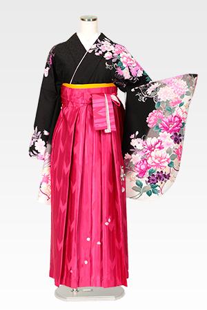 ハナエモリ黒地四季花色どりとピンクバラ刺繍