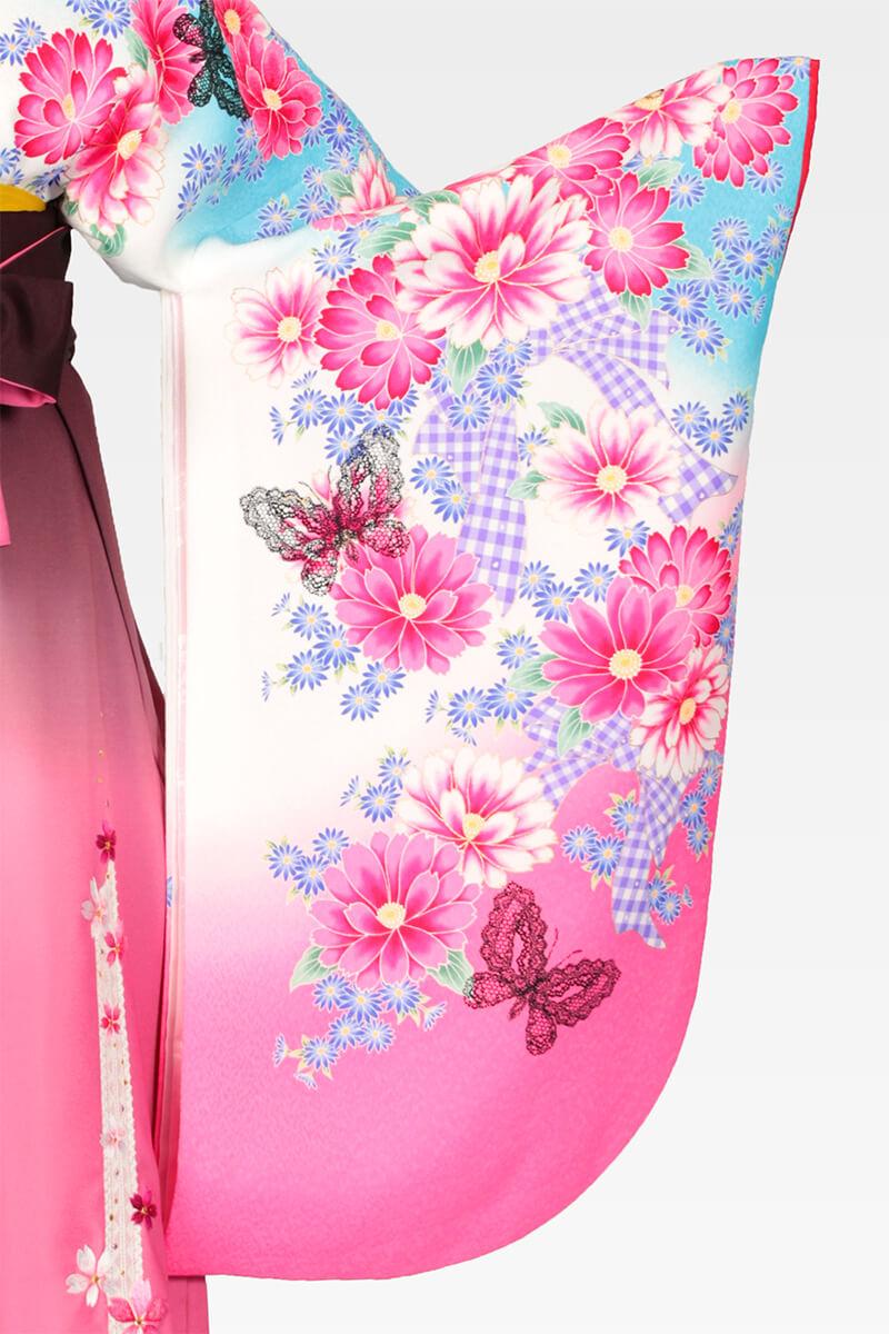 レンタル着物:スザンヌ白地ブルーピンクぼかしレース蝶の袖
