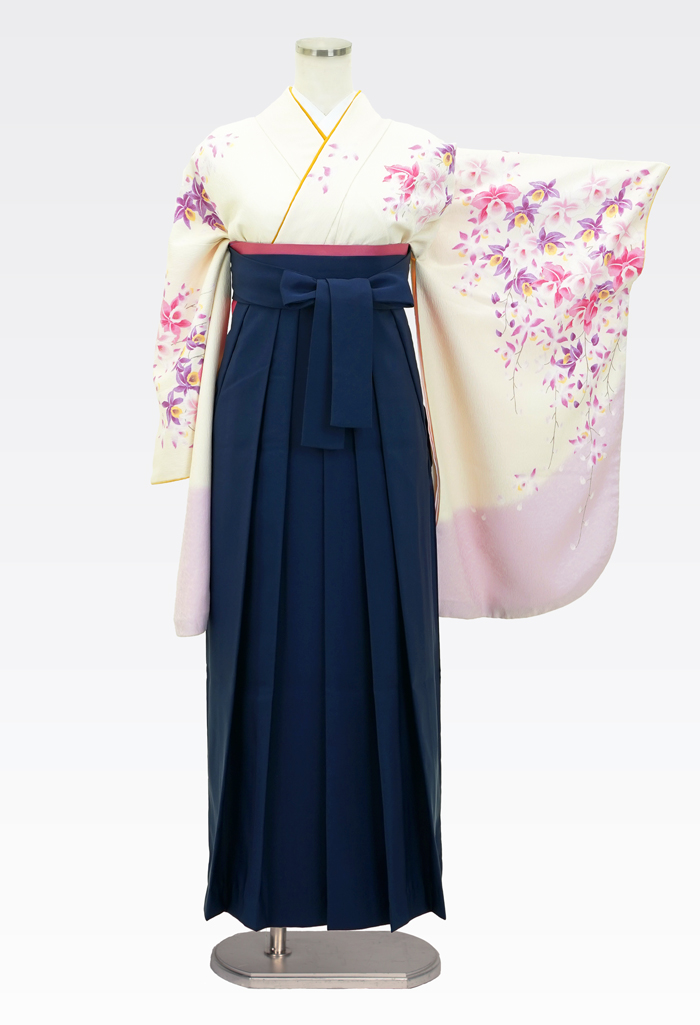 【着物】クリームにピンクラン柄エバ+【袴】コン