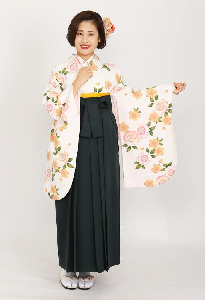 【着物】白地に八重桜+【袴】フカミドリ
