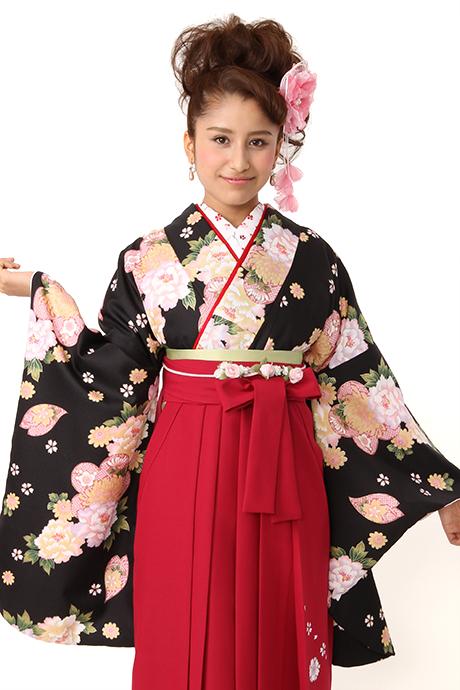 【着物】黒にぼたん菊小紋