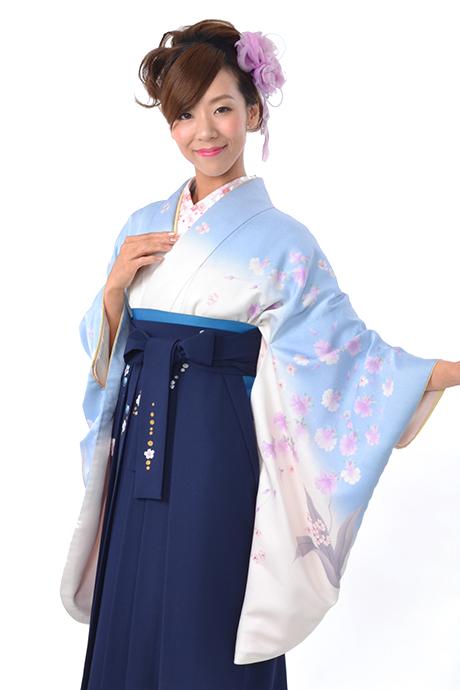 【着物】シロにブルー洋花