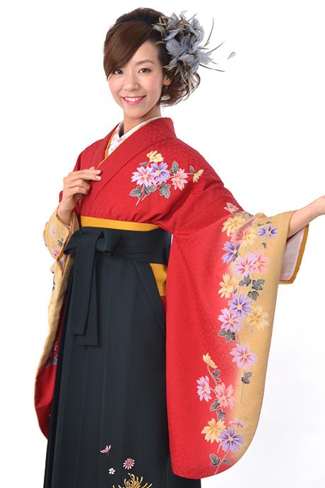 【着物】赤にベージュキク小袖
