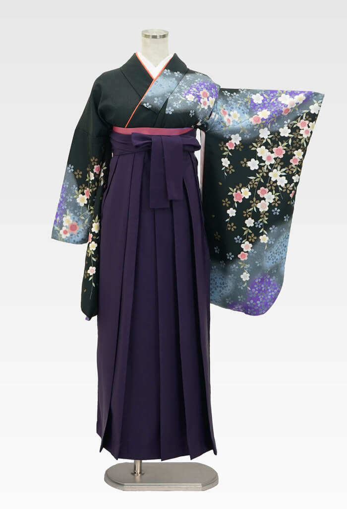 【着物】黒にムラサキシダレサクラ+【袴】ムラサキ