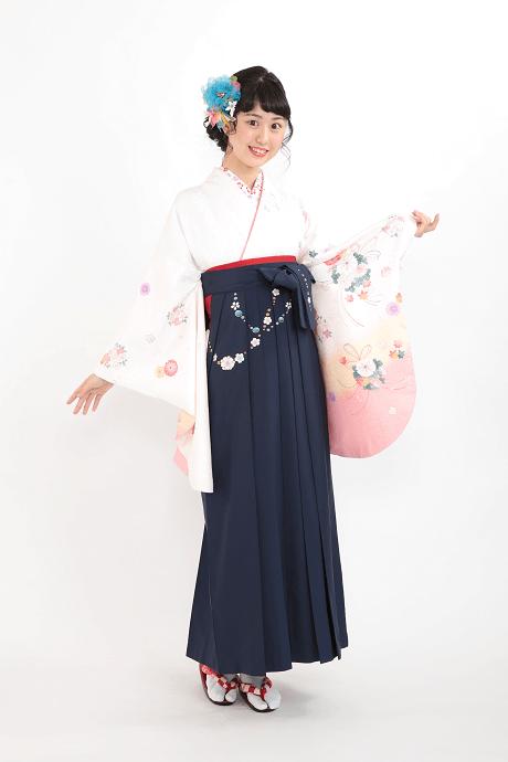 白地に束ね菊桜とコン友チェーン桜のサムネイル