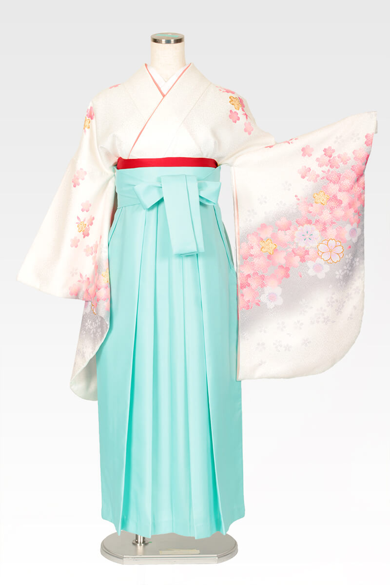 レンタル着物:白地にピンクグレー桜+レンタル袴:エメラルドグリーンのコーディネート