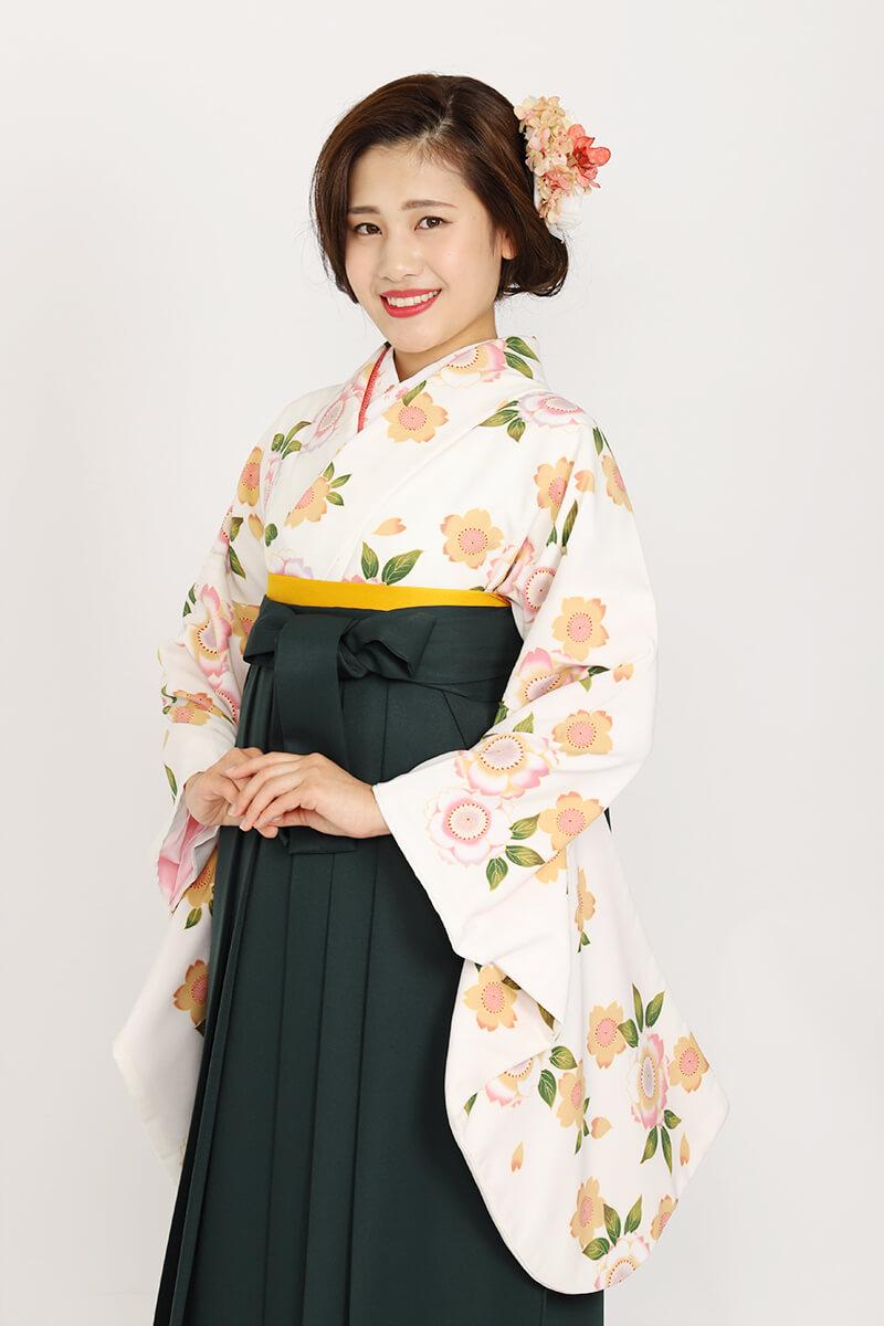 レトロな卒業式袴をお探しならこれ!