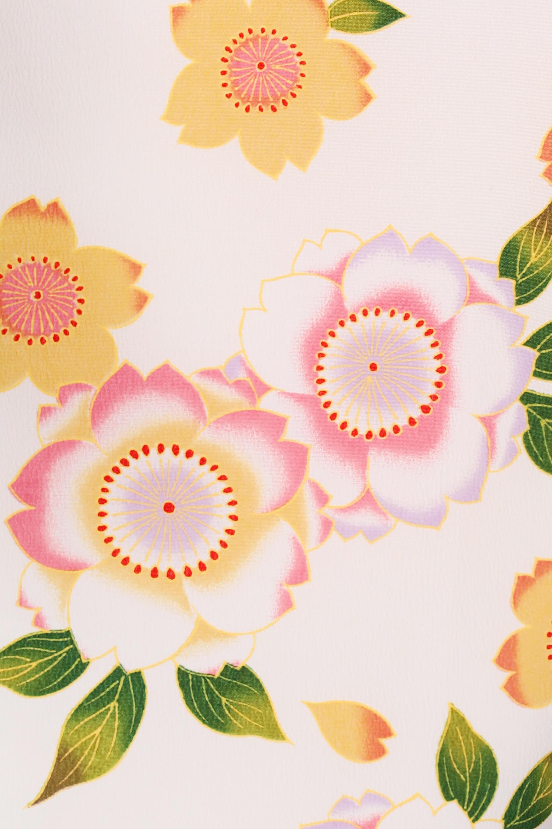 レンタル着物:白地に八重桜詳細