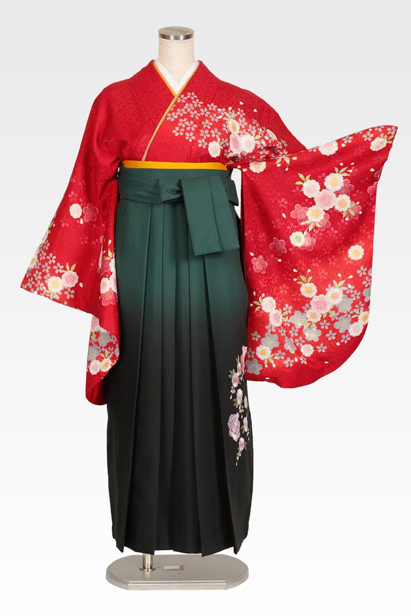 レンタル着物:クリームピンクバラ+レンタル袴:グリーンボカシバラ刺繍のコーディネート画像
