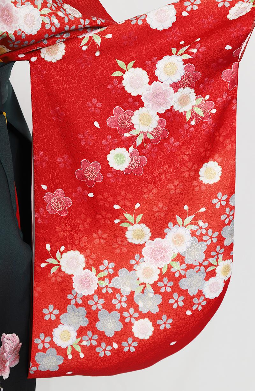 レンタル着物:クリームピンクバラの袖
