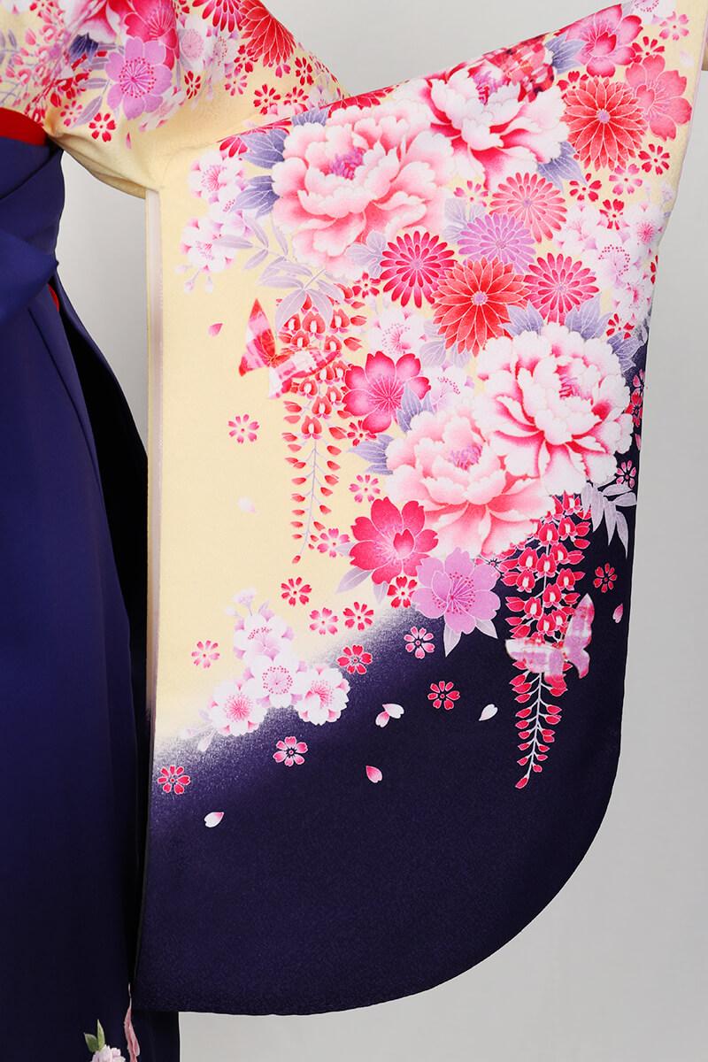 レンタル着物:スザンヌ黄地花づくしの袖