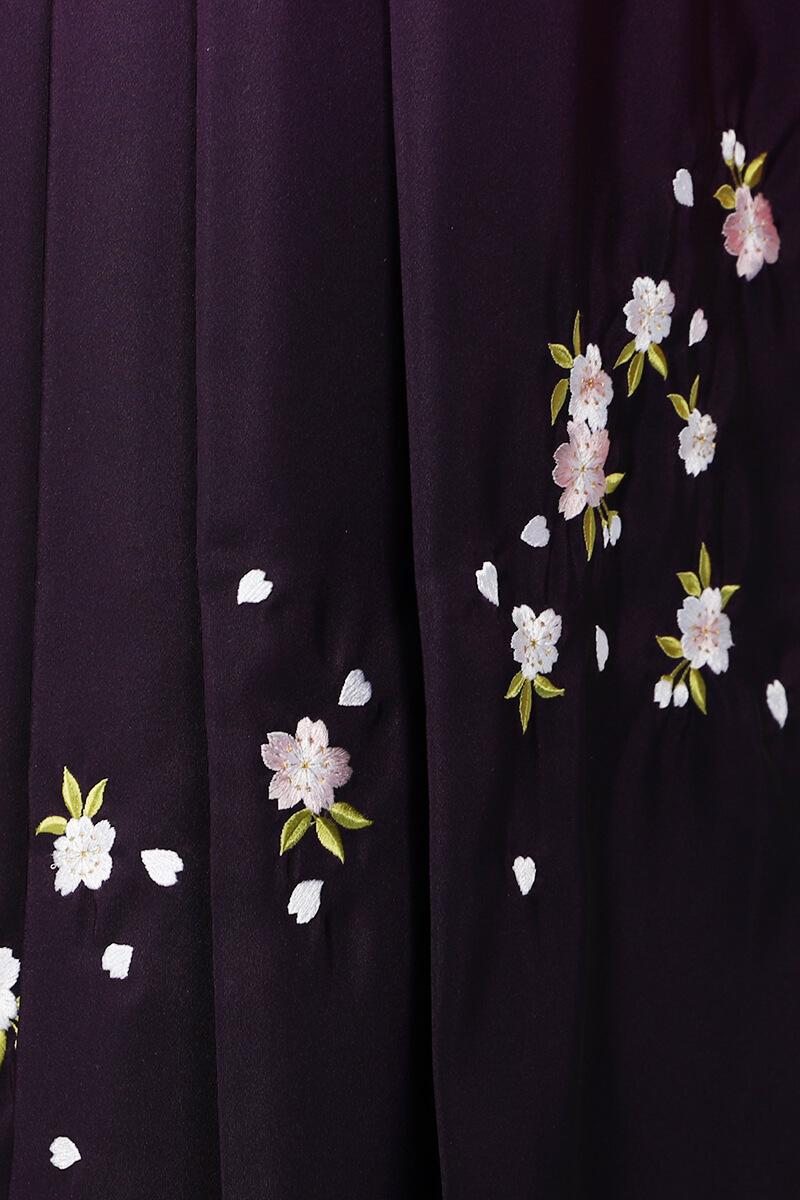 レンタル袴:ムラサキボカシ刺繍詳細
