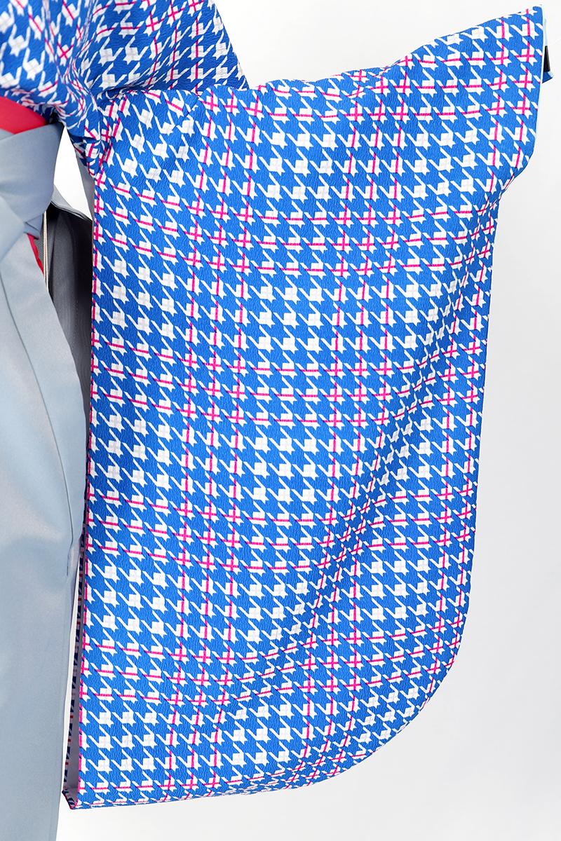 レンタル着物:ブルー千鳥の袖